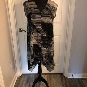Beautiful dress with hidden pockets NWOT